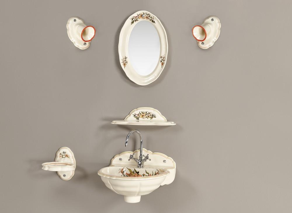 Lave mains fleurs de lys : étagère, miroir, luminaire, porte-serviette