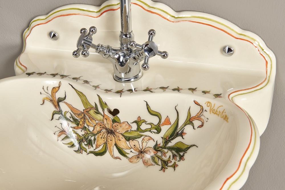Lave mains fleurs de lys : vasque